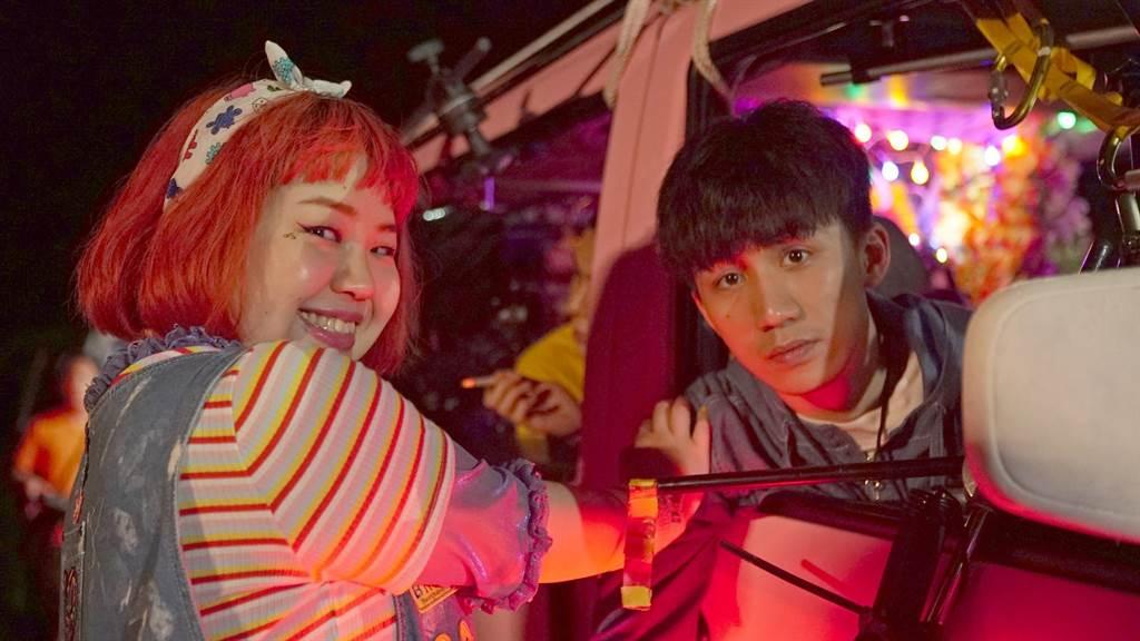 大文與吳肇軒在片中有一場親密車震戲。(双喜提供)