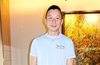 恭喜!陳鎮川情定9年男友登記結婚了 早餐店直接交換戒指