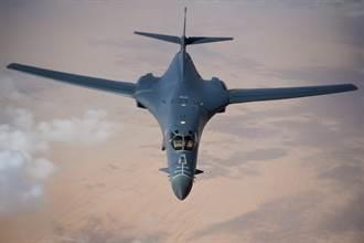 美軍B-1B「骨頭」轟炸機  歡度服役35年