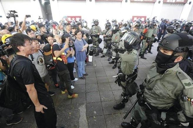 香港四個警察協會聯合聲明全力支持通過港版國安法。(取自東網)