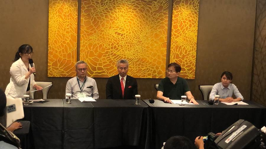 王光祥昨召開記者會,斥公司派目無法紀。(莊丙農攝)