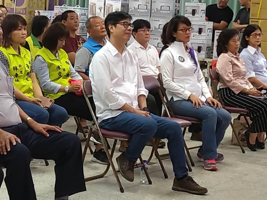 高雄市長補選民進黨參選人陳其邁1日出席興達港區漁會漁民節慶祝大會。(林雅惠攝)