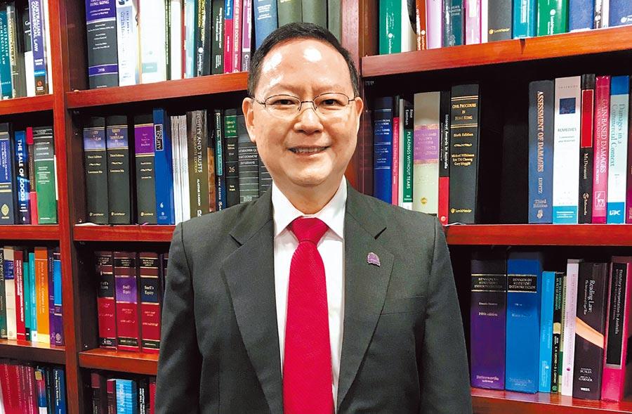 香港法學交流基金會副主席傅健慈受訪指出,該法遂行國家意志也兼顧大陸與香港差異,符合「一國兩制、港人治港」原則,他形容港版《國安法》猶如「定海神針」,可讓港人趕快回到安居樂業生活。(傅健慈提供)
