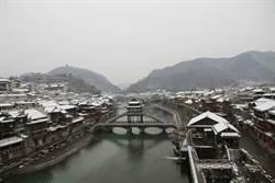 「三峽大壩洩洪淹掉鳳凰古城」? 綠媒挨批改標題
