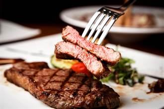 外帶牛排被收10%餐具費 細看帳單驚呼差6倍