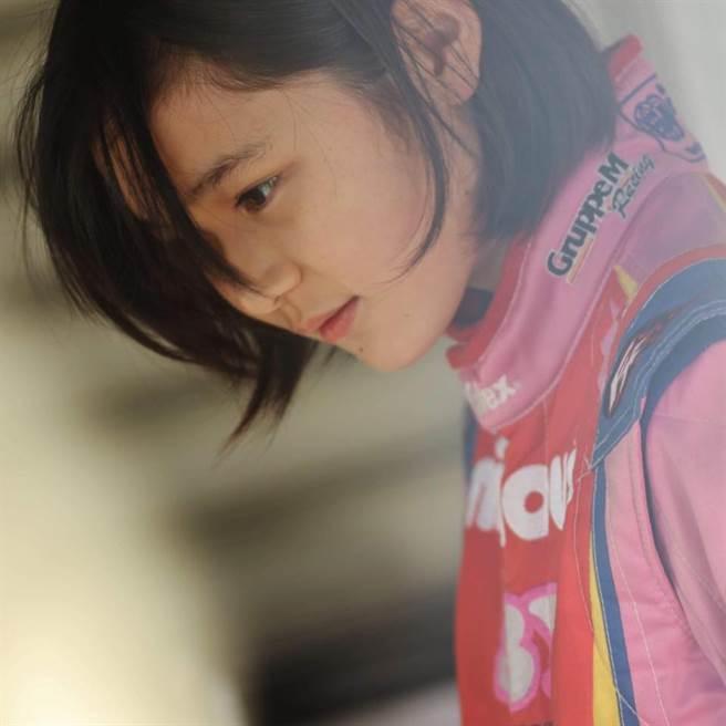 14歲野田樹潤,不但長相甜美,而且還非常英氣。(取自野田樹潤臉書)