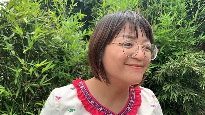 秀林鄉太魯閣族的王芝瑛,認為自己有使命讓族人認同自己工作價值,用3年的耐心打開族人心房,一同解決問題。(羅亦晽攝)