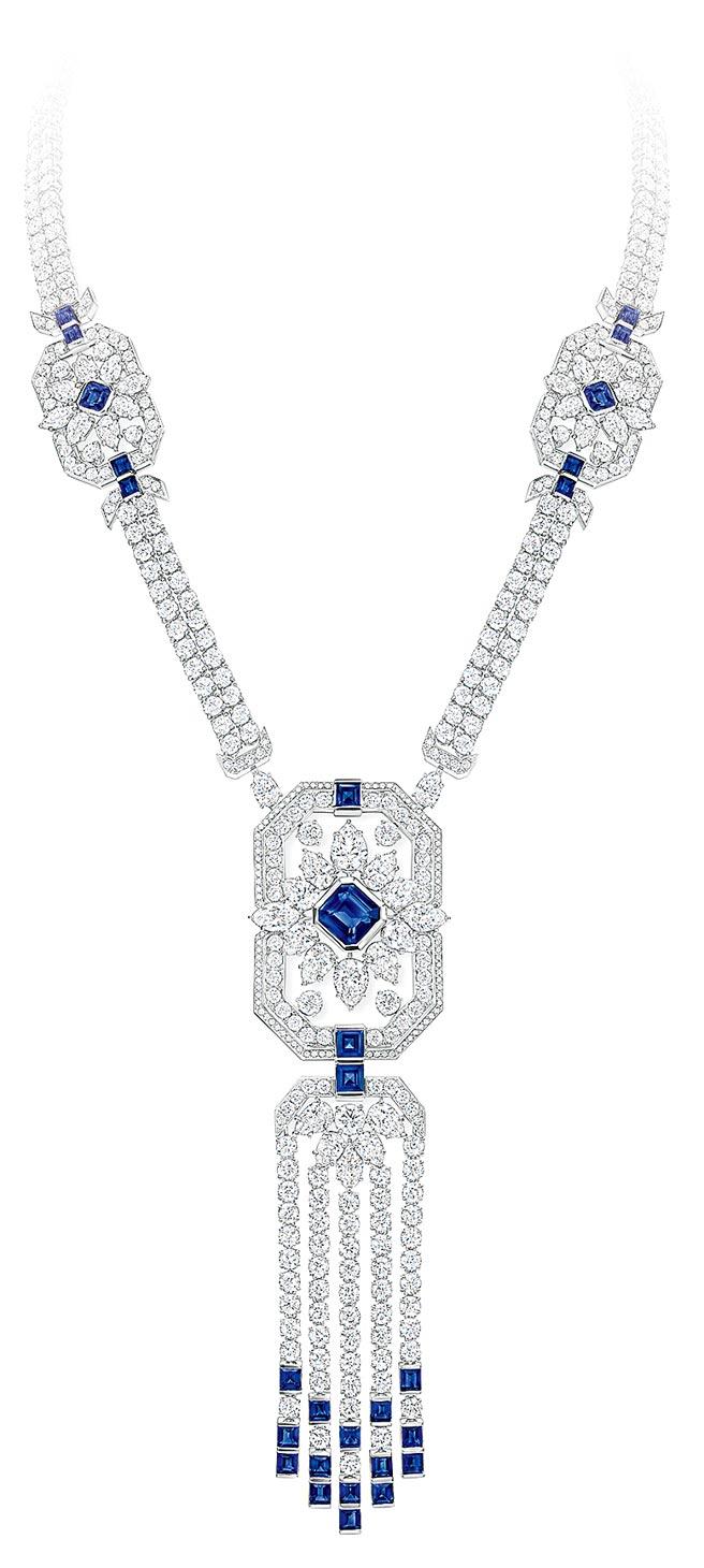 海瑞溫斯頓New York系列Fifth Avenue藍寶石套組,包括項鍊、手鍊與耳環,約3368萬元。(Harry Winston提供)