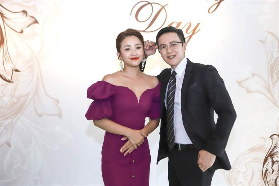 王燦看到賴慧如一身華麗造型,直說她根本可以當新娘子。(民視提供)