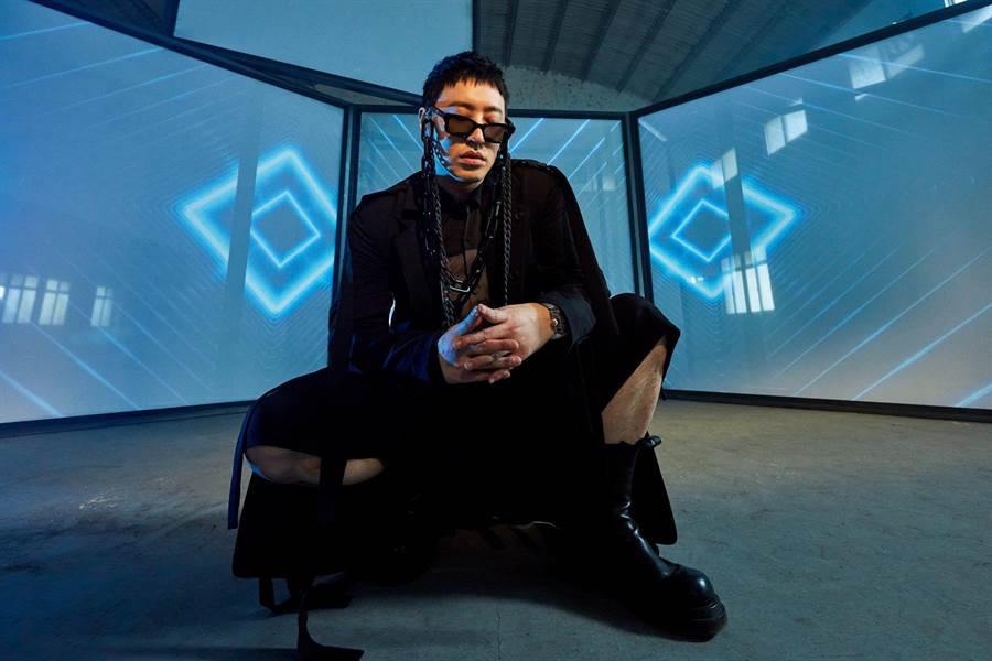 潘瑋柏睽違三年即將推出新專輯。(華納音樂提供)