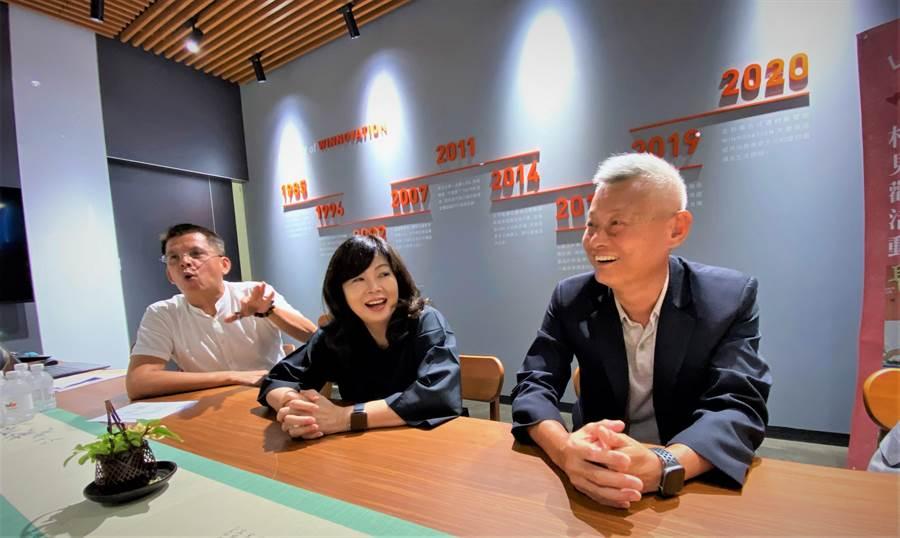 新任台灣行動菩薩助學協會理事長、勝群金屬董事長陳武華要號召更多人來當「小菩薩」,以善的循環溫暖社會。(盧金足攝)