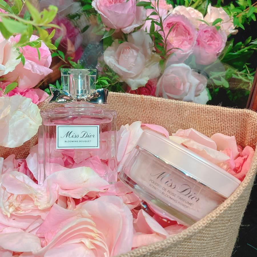 「花漾迪奧香體蜜粉」粉盒很精緻,和Miss Dior香水放在梳妝台上就是種視覺享受。(圖/邱映慈攝影)