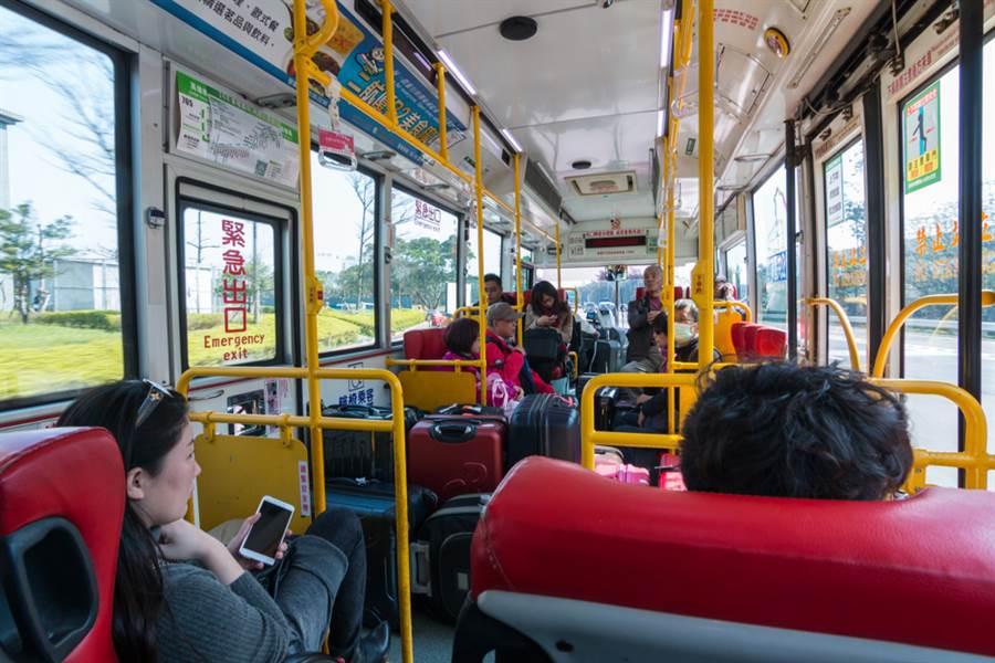 原PO患有癲癇在公車上遇見一位不理智的婦人。(達志)