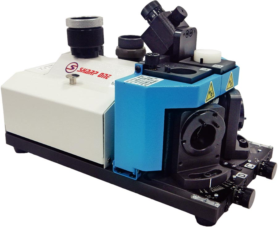 摩特立「複合多功能鑽頭研磨機M12LSB」。圖/業者提供