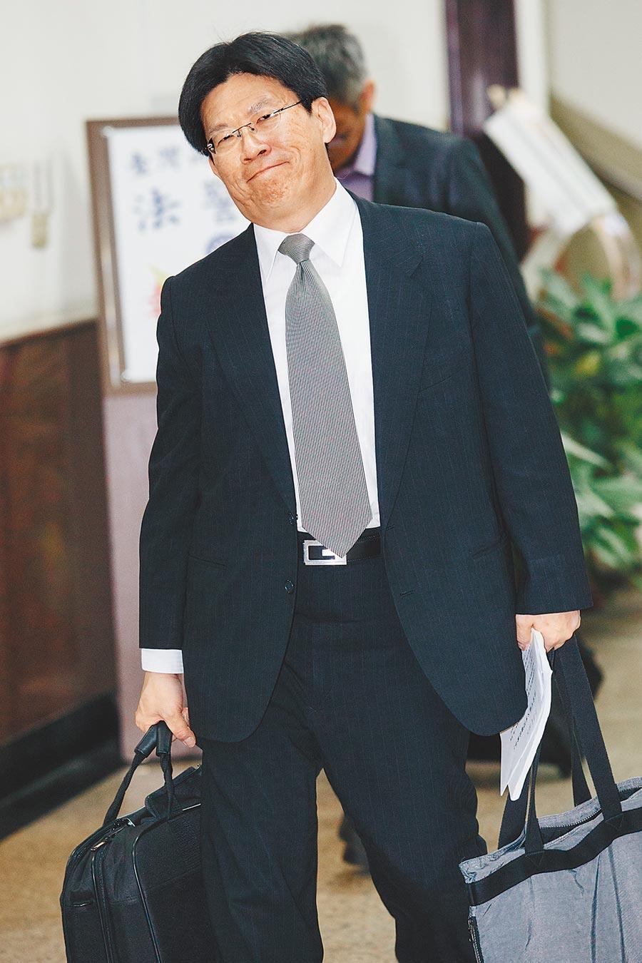 據了解,監委高涌誠(見圖)、蔡崇義當初約詢陳隆翔時,除逼問「案件可以重新起訴嗎?」還有連串的嘲諷。(本報資料照片)