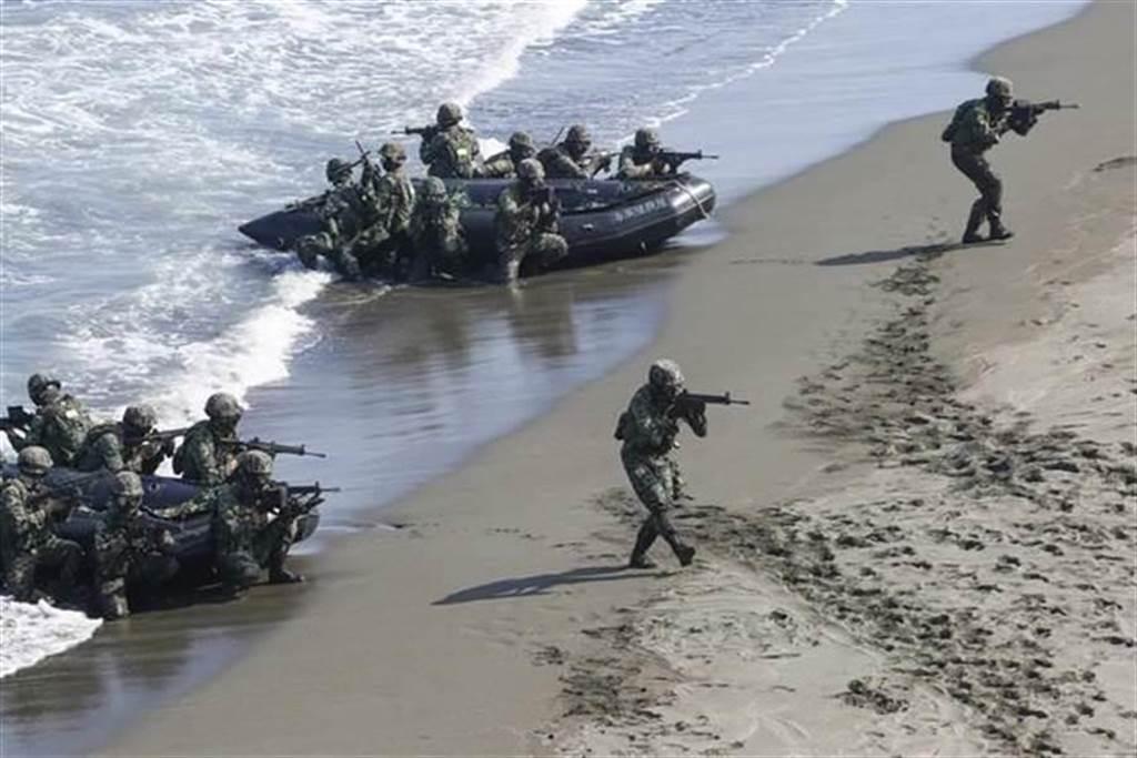 漢光演習預演意外,海陸小艇翻覆,1人搶救後宣告不治。(示意圖/本報系資料照)
