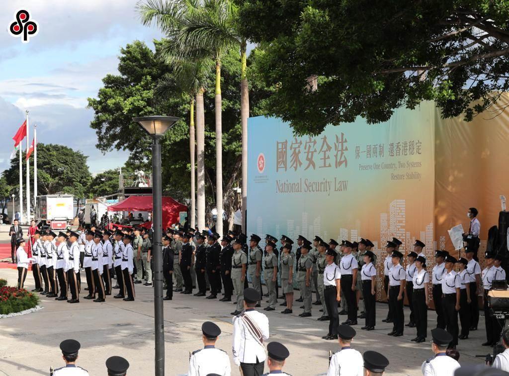 香港保安局長李家超指國安處面對國家級對手可動用飛虎隊。圖為7月1日香港舉行升旗儀式慶祝回歸23周年。(新華社)