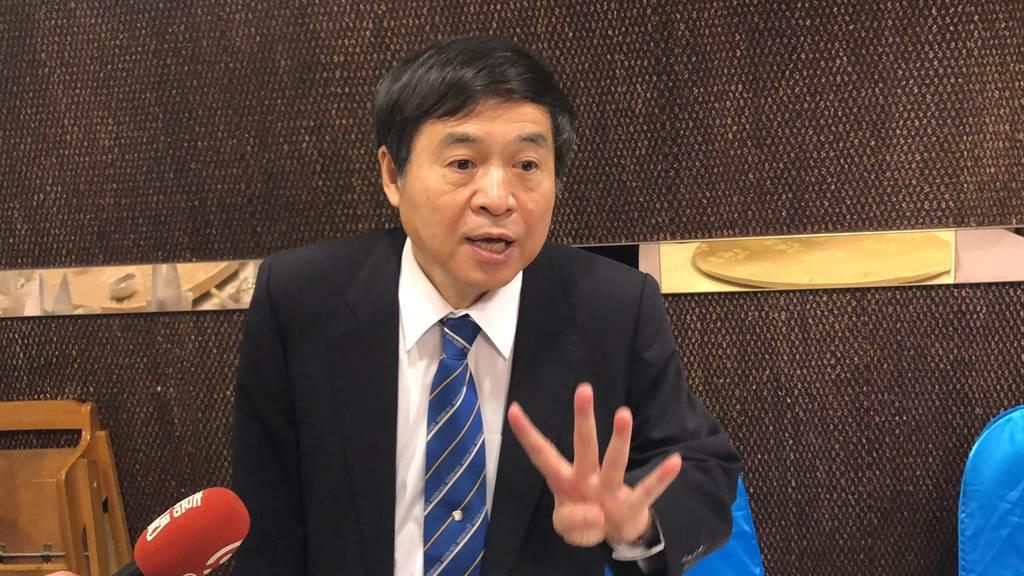 台船員工憂失業,董事長鄭文隆表示,國建國造保證不影響產線。(吳康瑋攝)