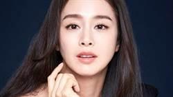 「韓國天然美女」金泰希近況曝!40歲驚人美貌引萬讚