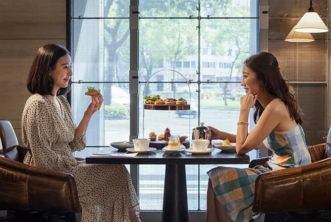 MADISON TAIPEI HOTEL慕軒飯店推出『2020 愛自己愜意遊』住房專案,每房3,599元起 贈送URBAN331雙人精緻下午茶。(圖/國泰飯店觀光事業)