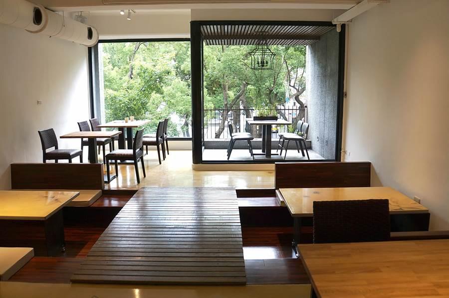 〈The One〉除菜單重新定位,各樓層的裝潢亦重新重修,2、3樓各有一小小戶外區。(圖/姚舜)