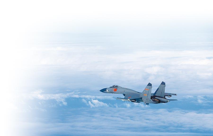 大陆苏恺-30战机。(新华社)
