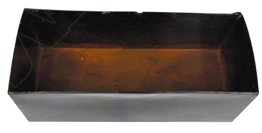 裝中草藥輔料的木質漆盒。(圖:李巧)