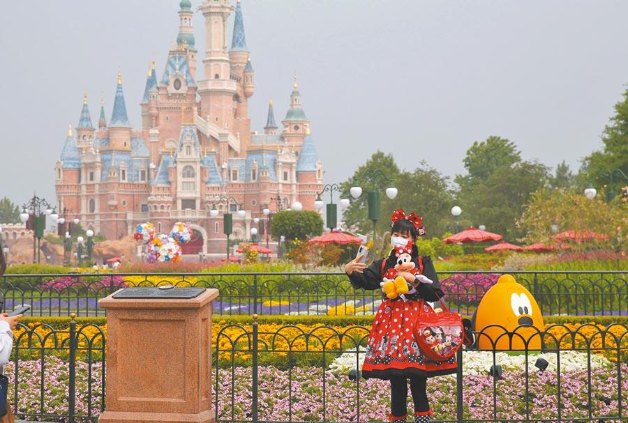 上海迪士尼樂園。(新華社)