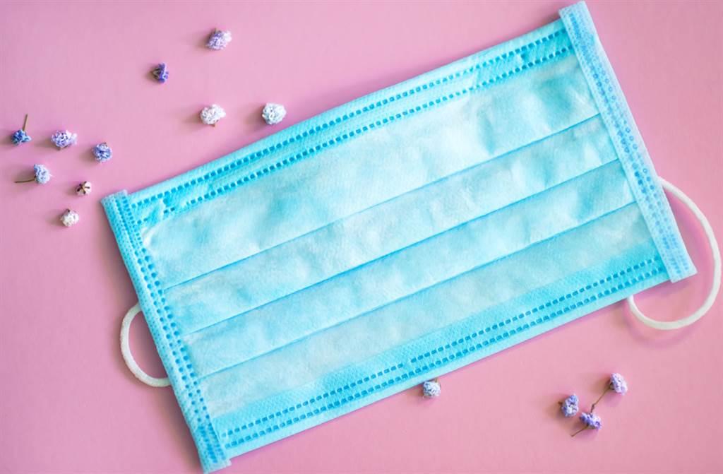 大人小孩通通有!Yahoo奇摩今早11點開賣中衛口罩。(示意圖/Shutterstock)