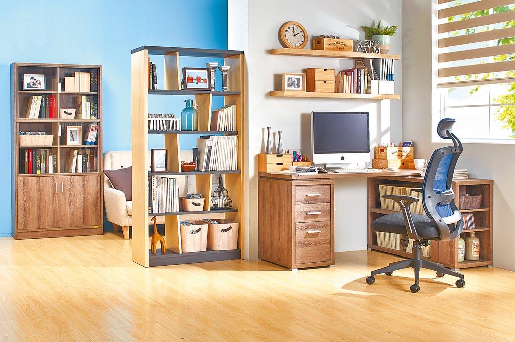 善用家中角落空間,居家也能布置舒適的辦公環境。(特力屋提供)