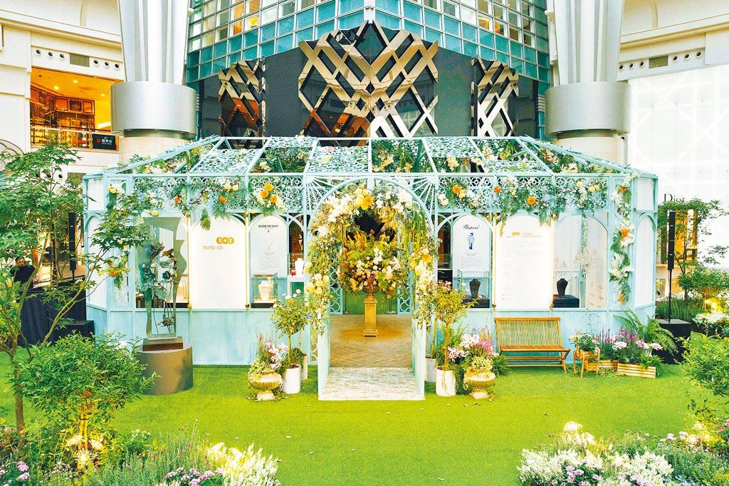 台北101 World Masterpiece的「莫內珠寶祕境」展出頂級珠寶,猶如體驗歐洲小旅行。(台北101提供)