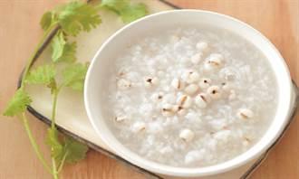 消水腫只會吃紅豆、薏仁? 營養師:這4種食材也很讚