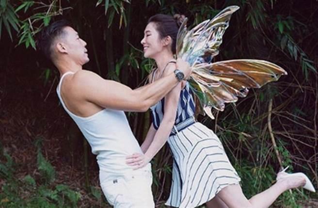 KIMIKO今天公布結婚喜訊。(圖/dancekimiko IG)