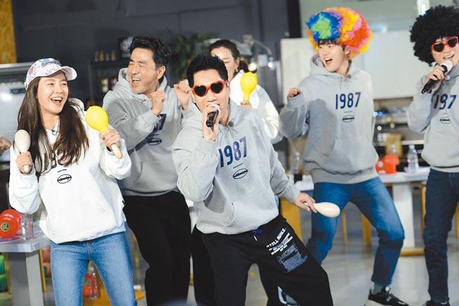 韓國超人氣綜藝節目《Running Man》邁入第10年,節目風格變得更活潑。(中天提供)