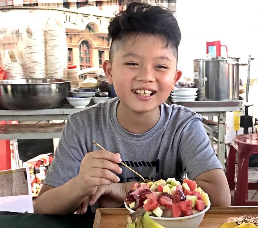 鵬管處舉辦「東港吃冰趣」活動,邀請民眾一起到東港、小琉球大吃冰品。(潘建志攝)