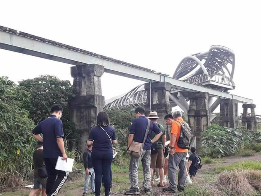 雲林縣北港鎮復興鐵橋塌斷10餘年,即將獲得重生。(柯中元提供/張朝欣雲林傳真)