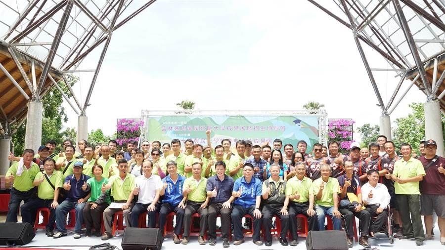 雲林縣農民大學將升級,課程加入智慧科技元素。(張朝欣攝)