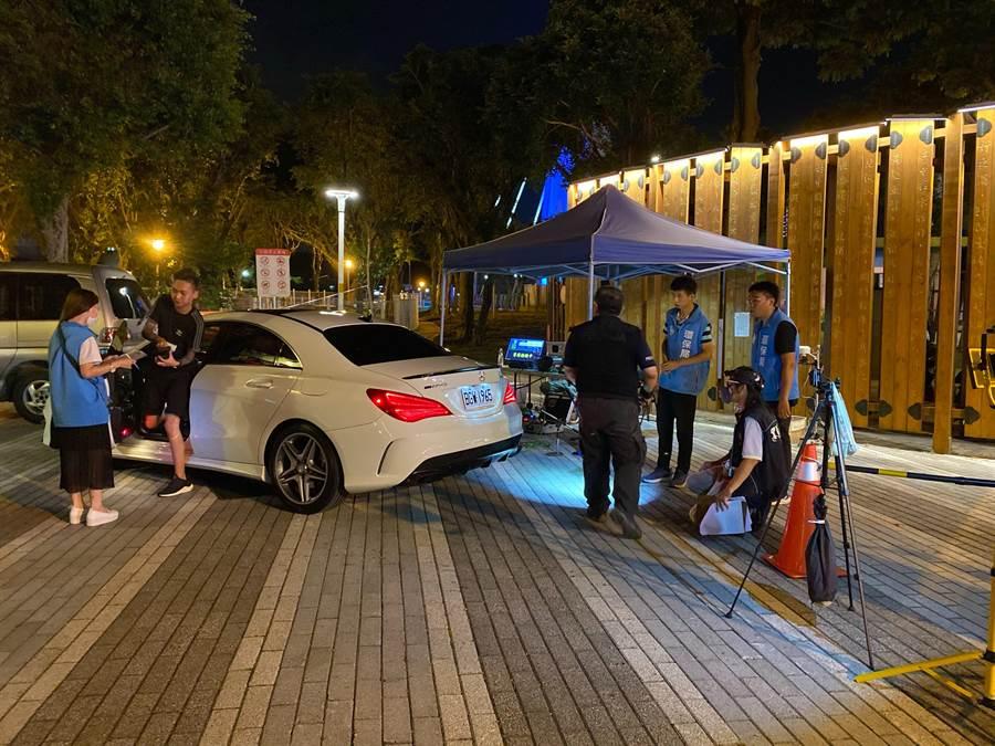暑假防重大交通違規,桃警強力取締改裝噪音車,3天共計攔查32輛車的噪音逾越分貝標準值,舉發變更車體2輛,其他重大交通違規逾2百多件。(警方提供/蔡依珍桃園傳真)