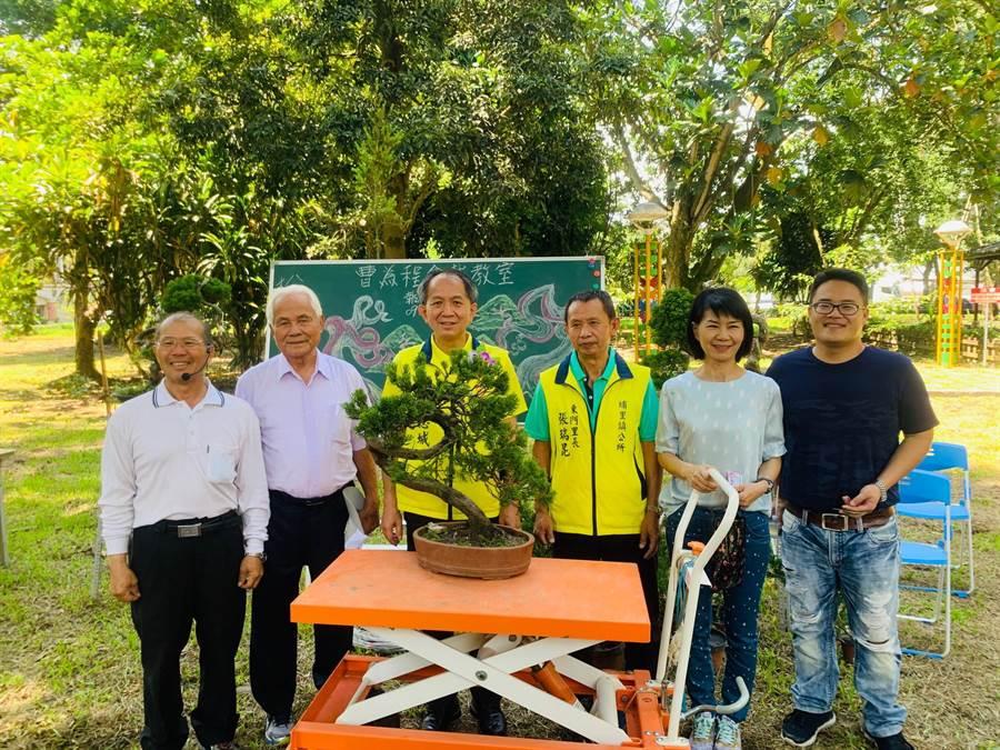 埔里鎮公所舉辦「花卉風情,農村再現」活動。(廖志晃攝)
