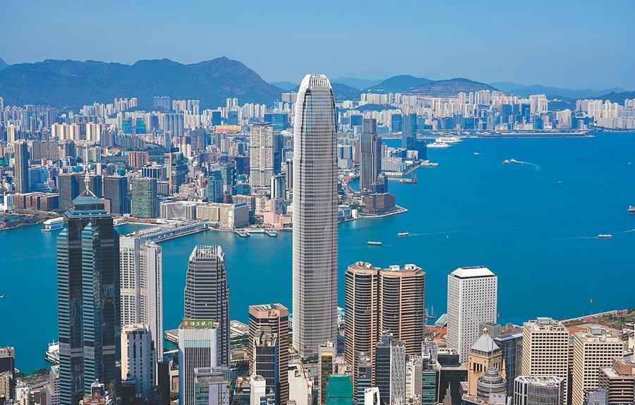 美國國會通過《香港自治法案》,大陸全國人大外事委員會3日予以強烈譴責,堅決反對任何外國粗暴干涉大陸內政。(中新社)