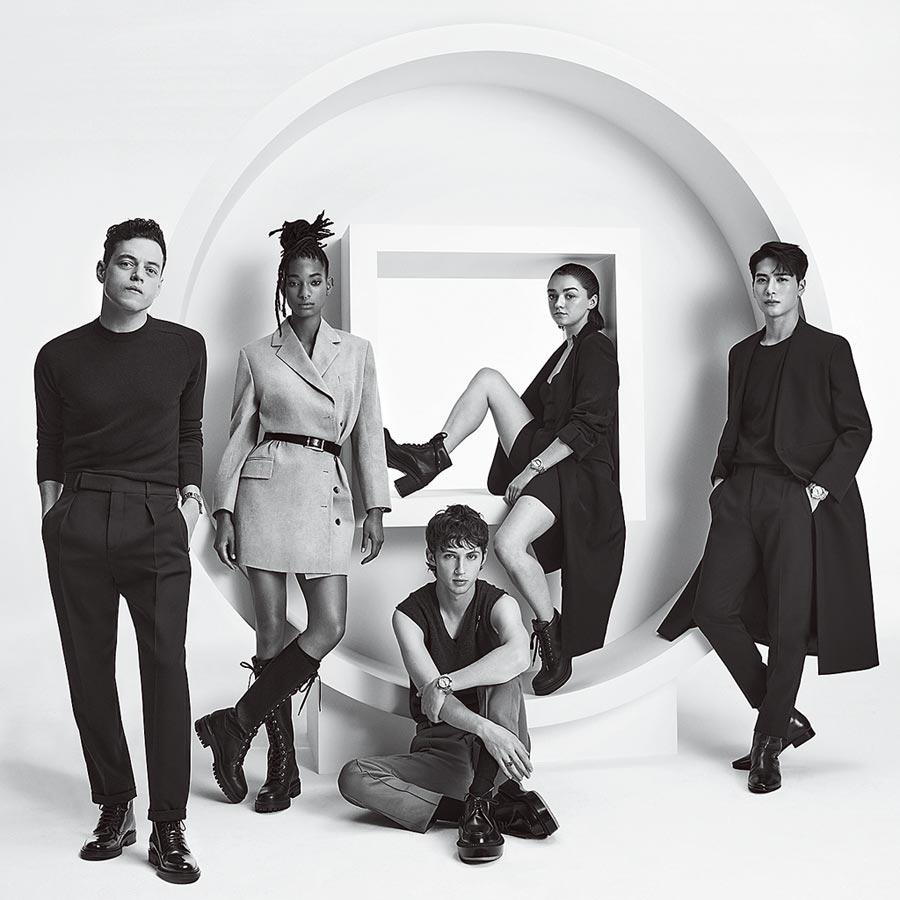 卡地亞邀請5位新生代典範詮釋新款Pasha de Cartier腕表,包括奧斯卡影帝雷米馬利克(由左至右)、威爾史密斯的女兒薇洛史密斯、音樂才子特洛伊希文、天才型女星麥茜威廉斯與王嘉爾。(Cartier提供)