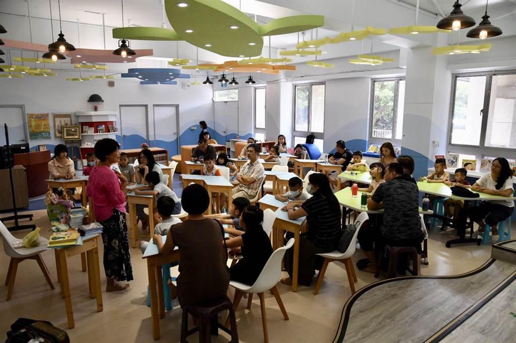 基隆市教育處每周六將在各校共讀站,舉辦親子閱讀饗宴。(基隆市府提供/許家寧基隆傳真)
