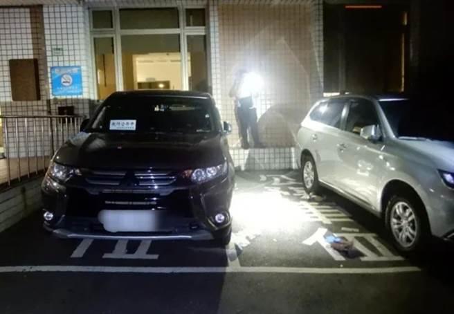 新北市衛生局30歲林姓女雇員3日晚間11時許,被發現墜落於衛生局辦公大樓前當場失去生命跡象,經送醫後仍宣告不治。(翻攝照片)