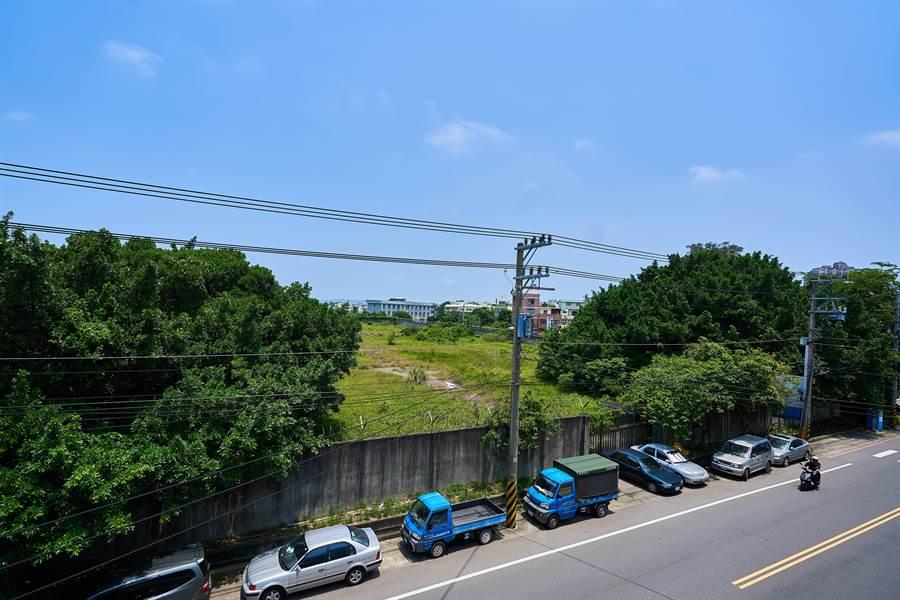 竹市府向國防部爭取釋出土地打造米粉寮公園,未來將成南勢地區第一座大型公園。(竹市府提供/邱立雅竹市傳真)