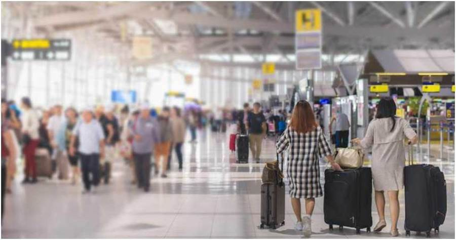 大陸疫情趨穩之下,陸資航空公司極力推出機票促銷活動。(圖/Shutterstock)