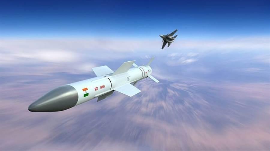 阿斯特納飛彈(Astra Missile),是印度的自製空對空飛彈。(圖/DRDO)