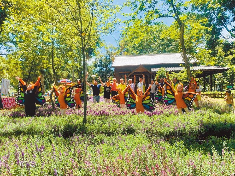 埔里鎮公所在興大實驗林,舉辦花卉風華市集。(廖志晃攝)