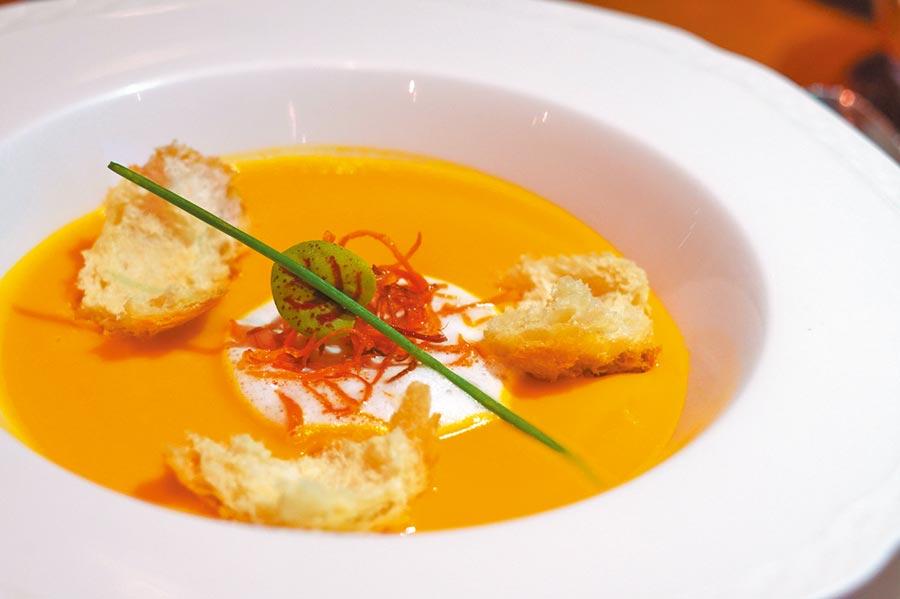 不同體質的房客有不同的美味料理可供選擇。(何書青攝)