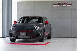 紳士的優雅佐熱血:MINI John Cooper Works Clubman ALL4 Challenger Edition限量上市