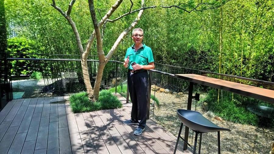 惠宇建設總經理顏定滄表示,「惠宇SKY VILLA」天空墅有一半戶別規劃高達六米、深達三米的宜居大陽台。圖/曾麗芳